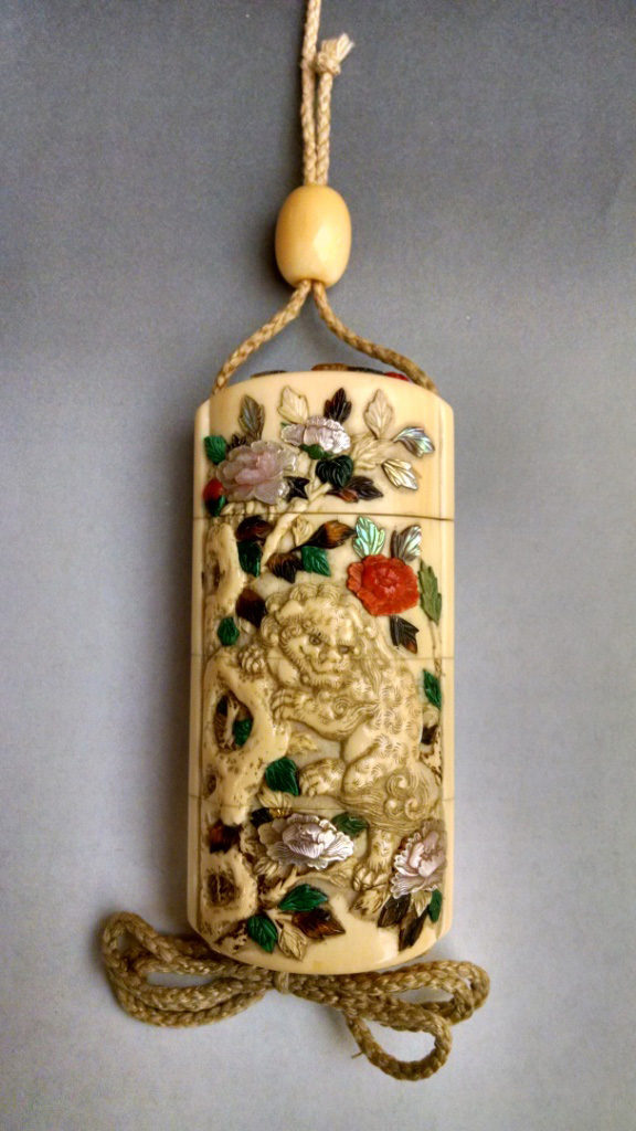 Ivory Three Case Inrō with Shishi and Peony
